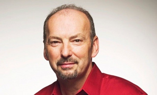 Peter Moore says retail and digital will play nice together
