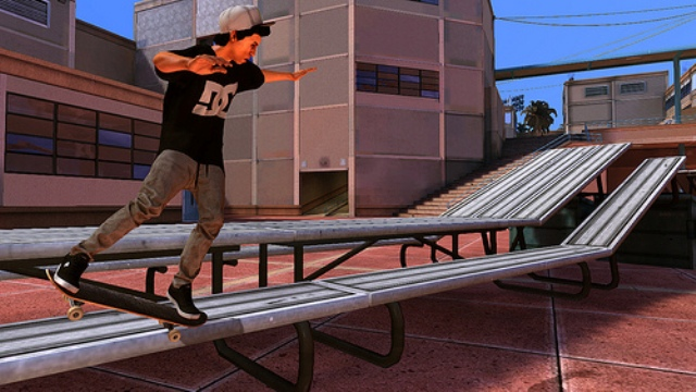 Tony Hawk's Pro Skater HD ollies into 120k sales in its first week